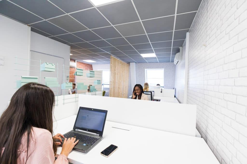Envisageriez-vous de travailler dans un environnement de coworking