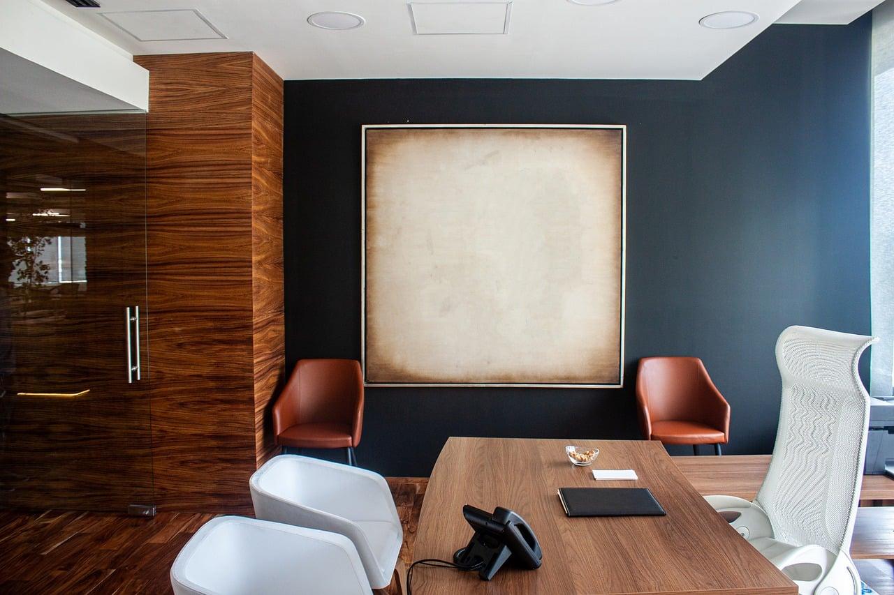 Télétravail: pourquoi s'équiper à la maison avec du mobilier de bureau ergonomique?