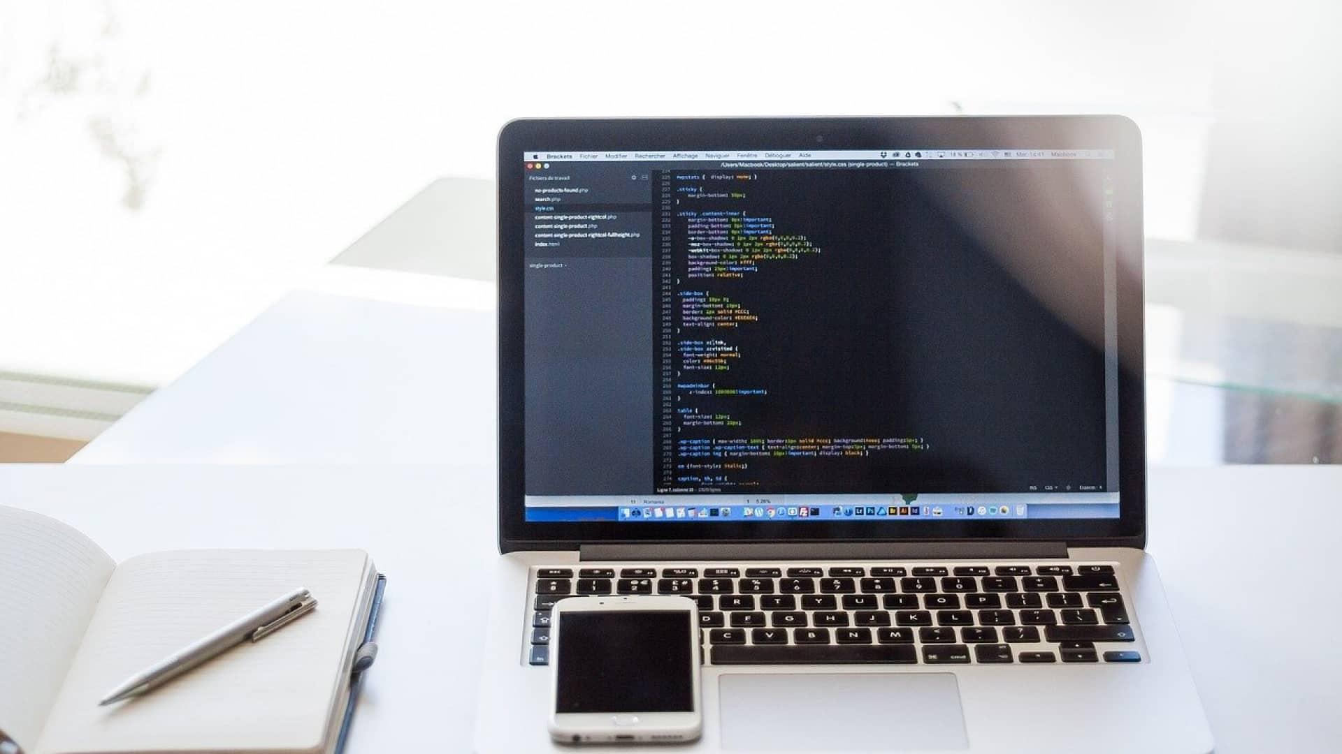 Pourquoi et comment choisir un bon logiciel de développement d'application?