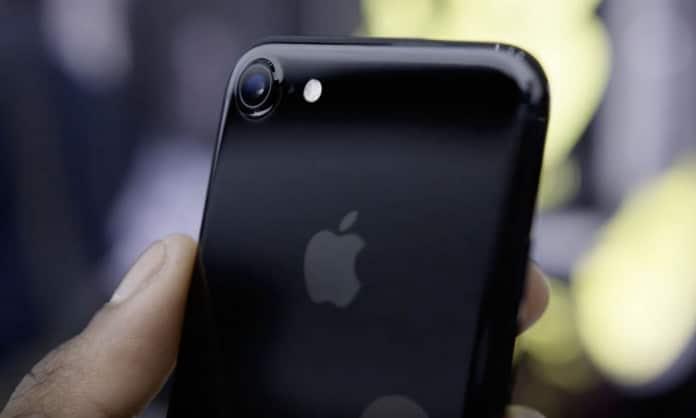 Une solution pour éviter d'attendre votre iPhone 7 Noir de Jais