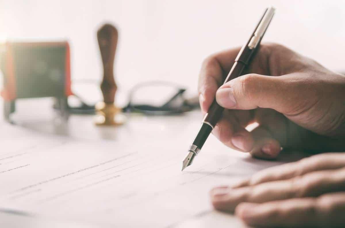 Idée cadeau : et pourquoi pas un stylo personnalisé ?