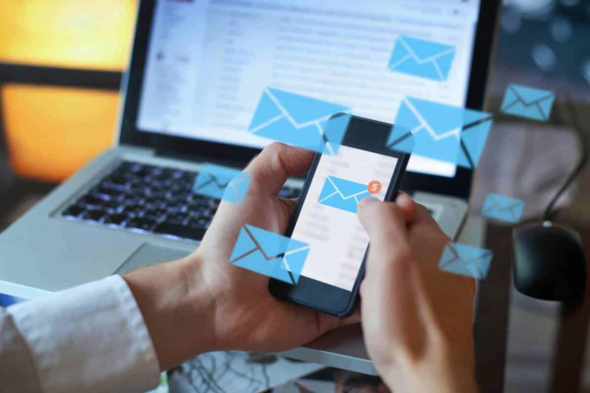 Faut-il avoir plusieurs boîtes mail ?