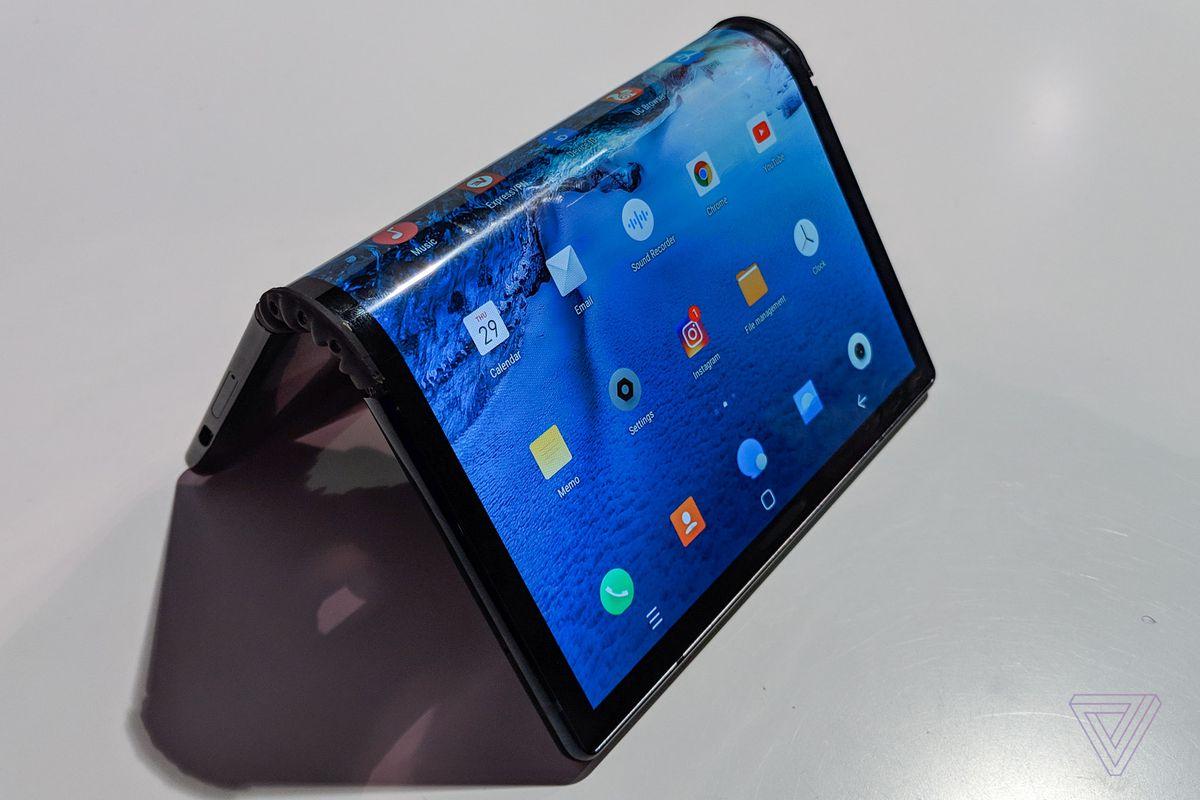 Royole FlexPai : Test du premier smartphone pliable au monde